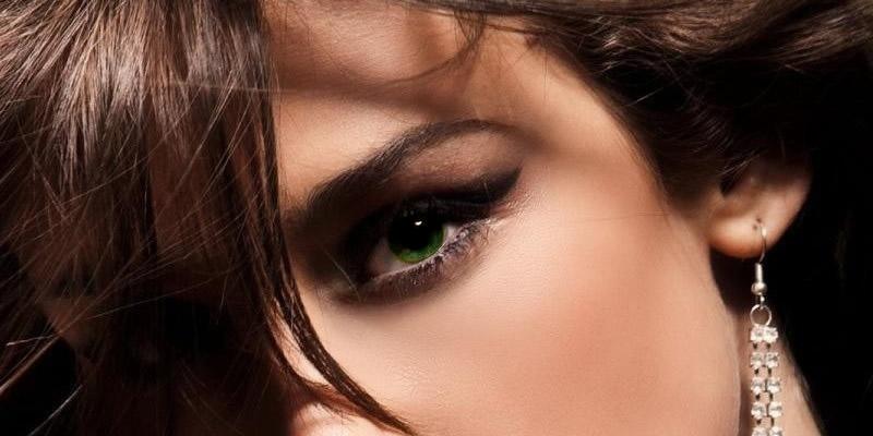 Green Eyes Best Hair Color