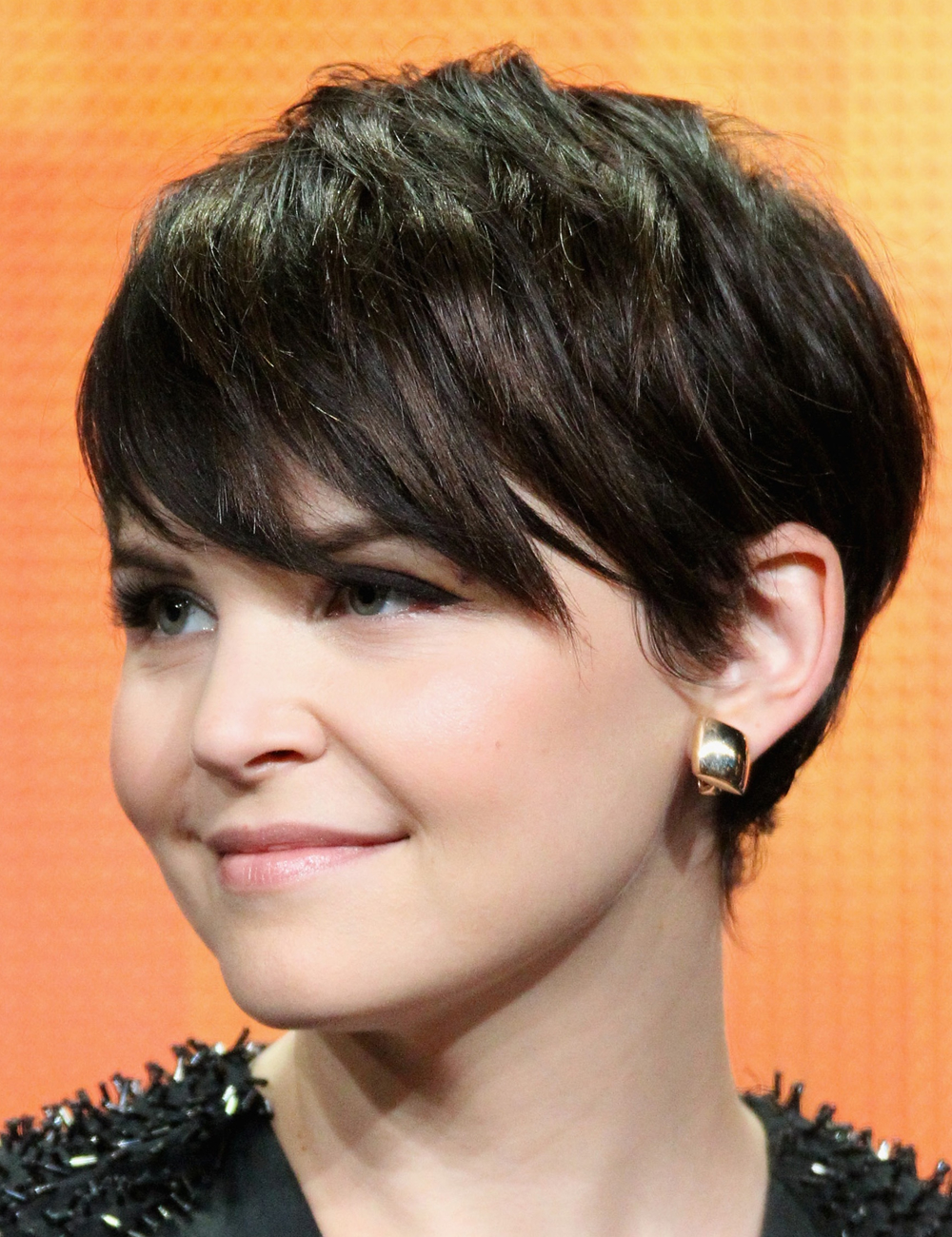 Ginnifer Goodwin With Side Swept Bangs