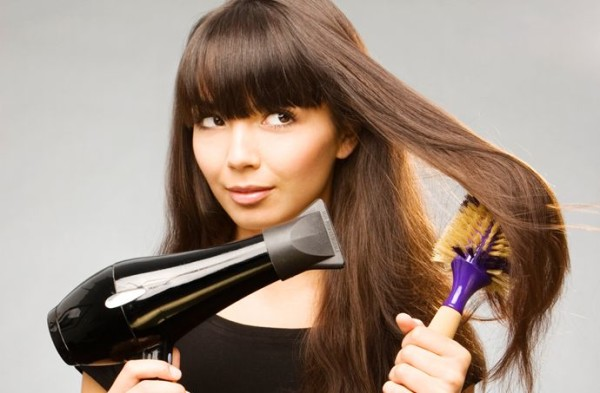 How To Blow Dry Straight Hair