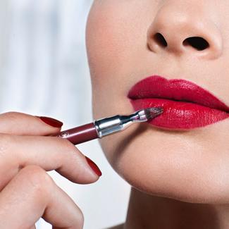 Apply Lipstick Step 2
