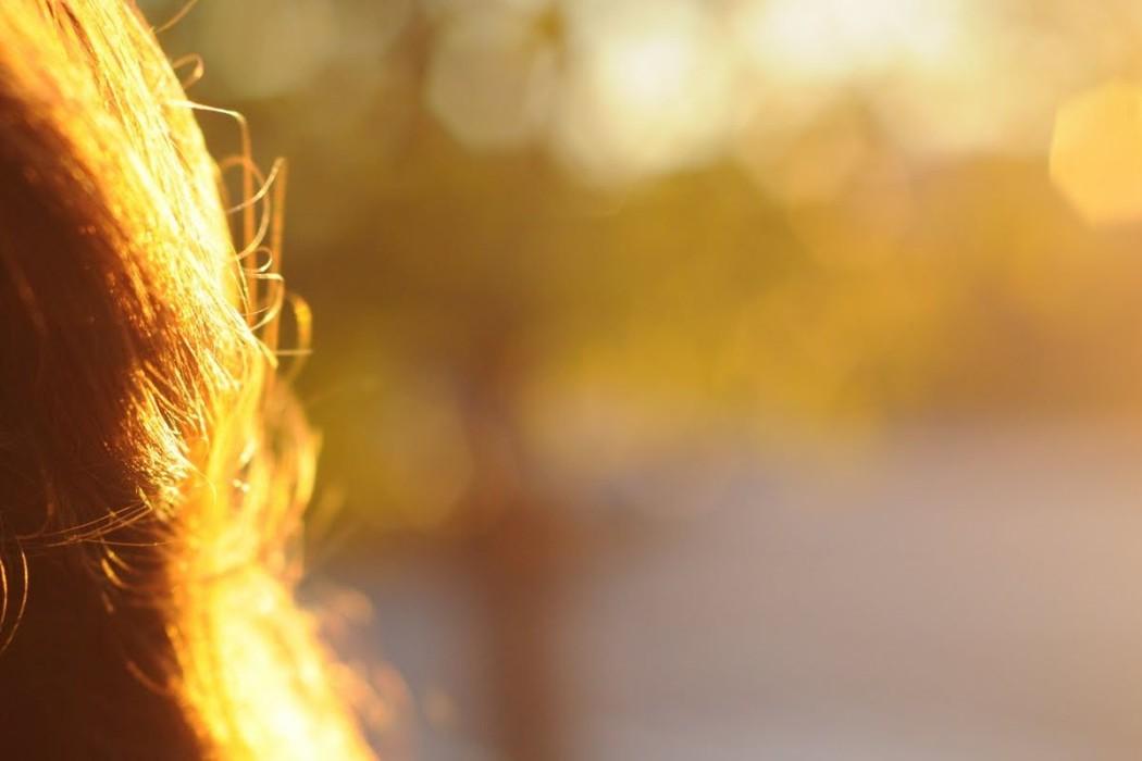 Does the sun damage hair