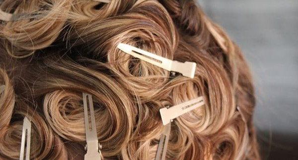 How to Pin Curl Hair