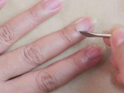 Manicure Step 2