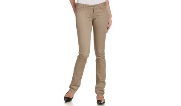Can you Wear Black Shoes with Khaki Pants