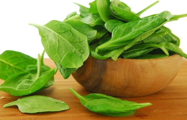 What are the health benefits of spinach