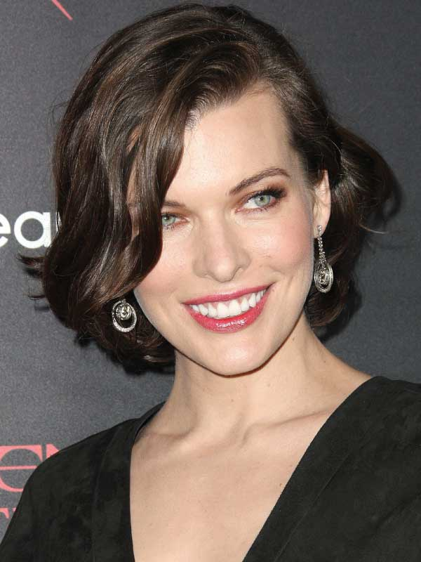 Milla Jovovich with a Short Side Part Hairstyle