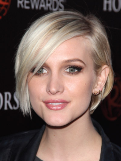 Ashlee Simpson with a Short Bob