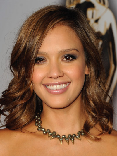 Jessica Alba with a Long Bob